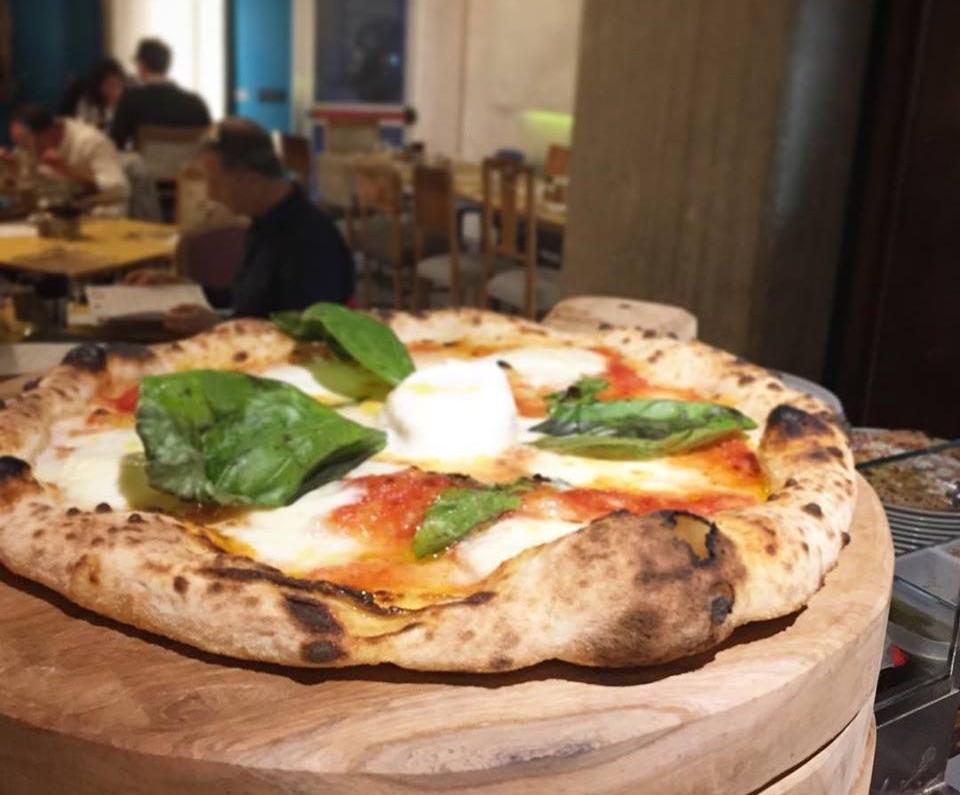 Che Pizza sarebbe senza curiosità? A Palermo certo non manca!